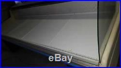 2.5-meter curved glass serve over /chilled display counter in good condition