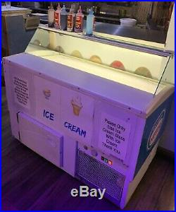 Ice Cream Display Freezer Display Counter/ 8-10 containers