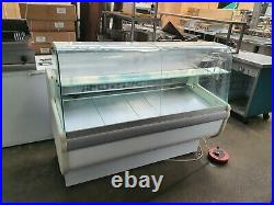 Igloo 1.5 Metre Commercial Curved Glass Serve Over Counter Display Fridge