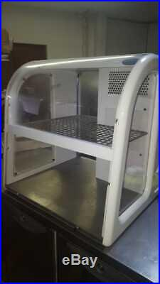 Victor Sorrento Refrigerated Counter-top Display / Chiller Unit